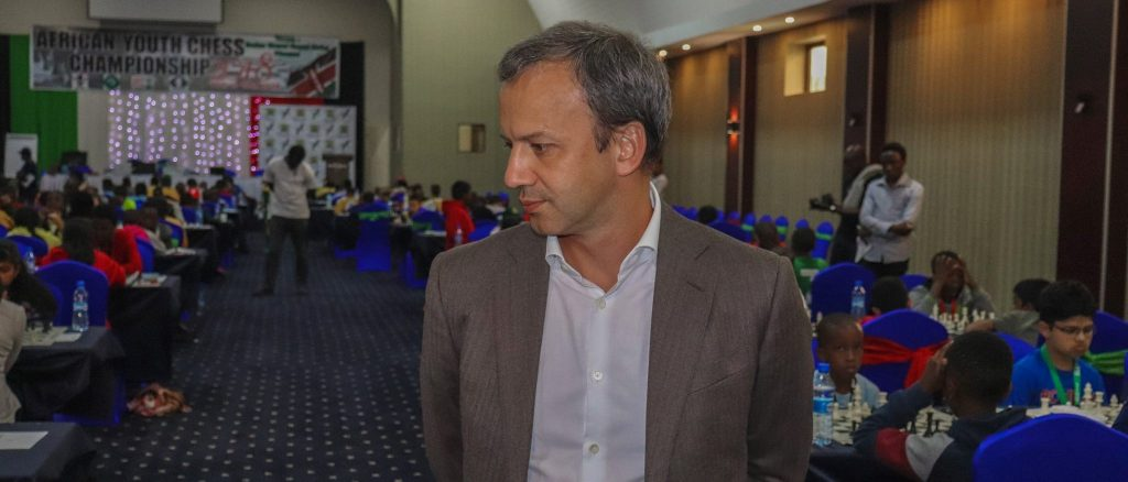 Arkday Dvorkovich checks out the action in the 2018 African Youth Chess Championship in Kisumu. Photo credit Eastmond Mwendia.