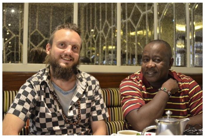 Blindfold King Gareyev with LGM Brian Kidula.