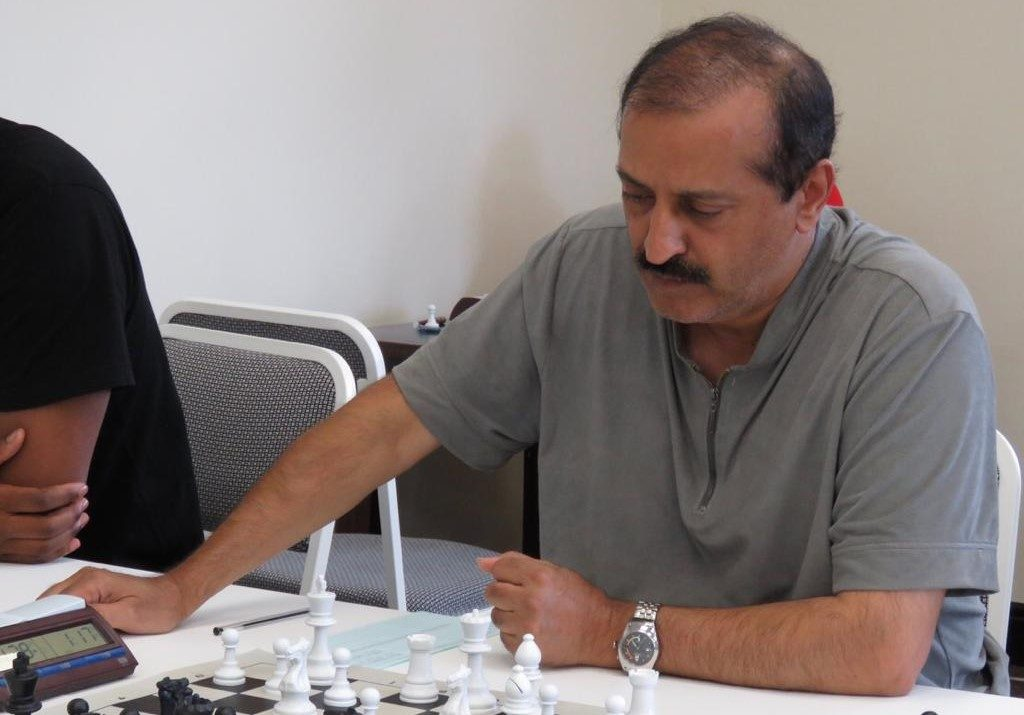 Dr Shabir Bhawoodien of South Africa in action.