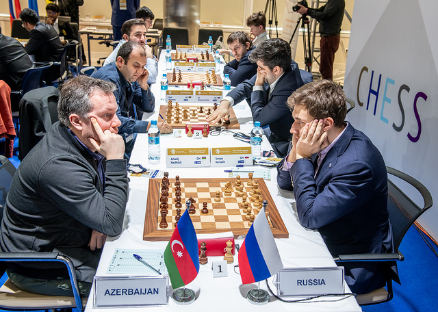 Arkady Naiditsch of Azerbaijan (left) versus Sergey Karjakin of Russia. Photo credit David Llada.
