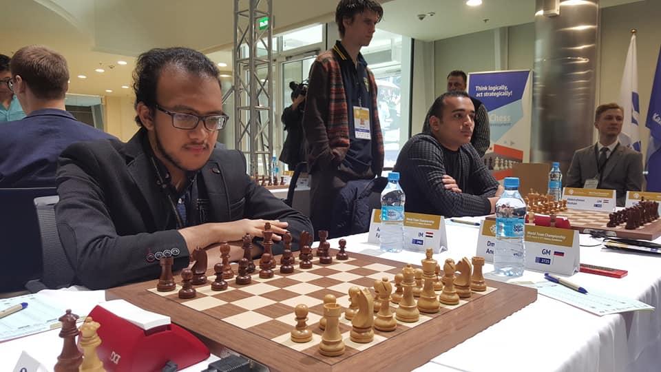 IM Fazwy Adham & GM Hesham Abdelrahman wait for the start. Photo credit Dastan Kapaev.
