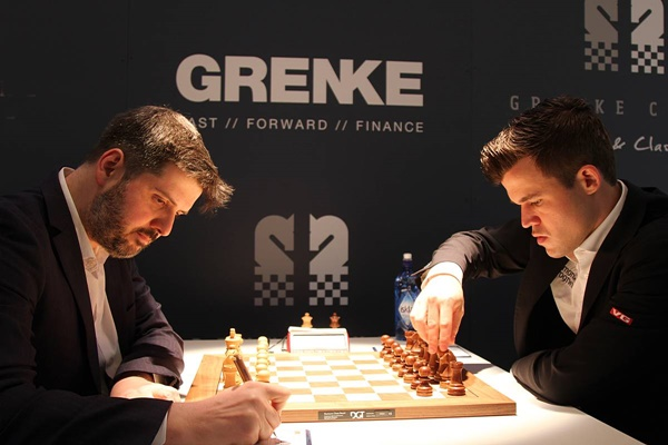 Peter Svidler against Magnus Carlsen. Photo credit Georgios Souleidis.