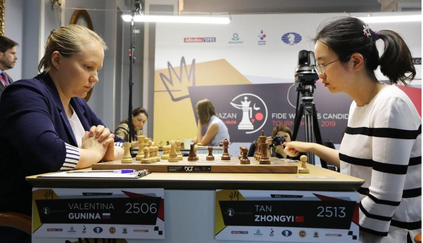 Valentina Gunina (left) versus Tan Zhongyi. Photo credit https://fwct2019.com.