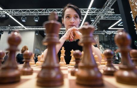 Kateryna Lagno in action.