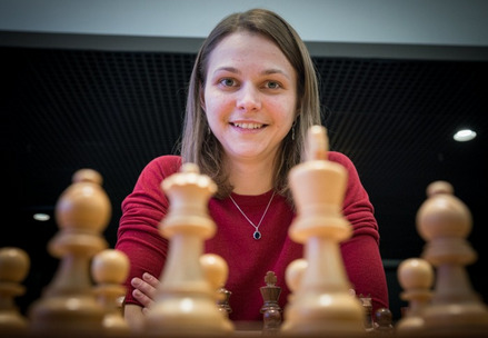 Anna Muzychuk of Ukraine and winner of the TOTAL special prize.
