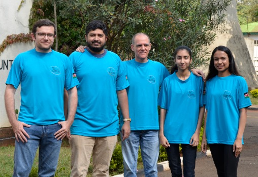 Nairobi Chess Club team pose for a group photo before the start of round 1. From left Artem Gurevich, Vasanth Ramesh, Roberto Villuela, Pranjal Parikh and WFM Sanjana Deshpande. Photo credit Kim Bhari.