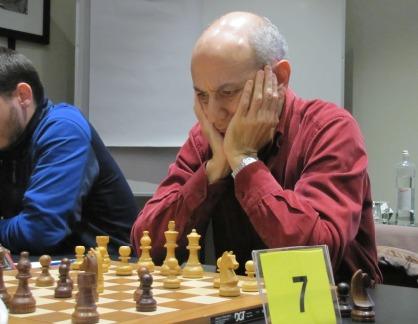 IM Victor Vehi board 7 of L'Escola D'Escacs De Barcelona. Photo credit Kim Bhari.