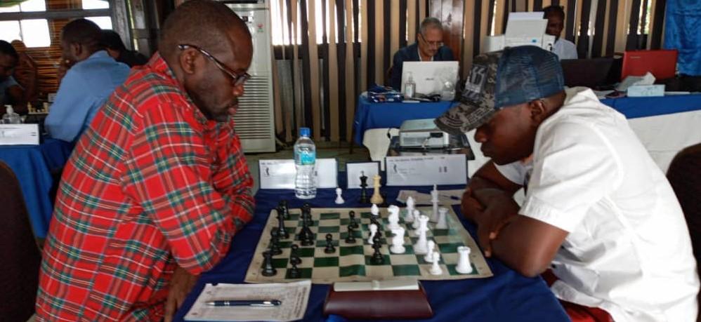 Adu Oladapo (NGR) takes on Simplice Degondo (CIV). Photo credit Mario Kpan.