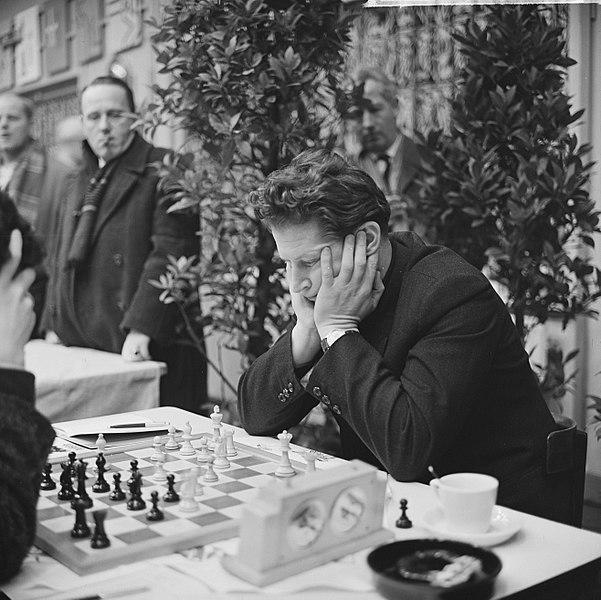 Yuri Averbakha in action during an event in 9th January 1963. Photo credit Eric Koch / Anefo, Collectie / Archief : Fotocollectie Anefo.