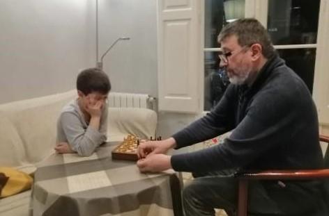Jordi Gardela with his son.