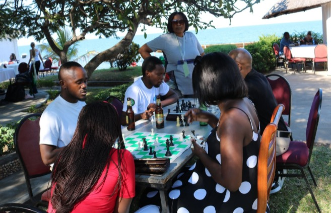 Chess players who are supposed to take a break from chess on the Rest Day end up playing chess to relax!